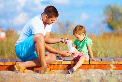 Оказание первой помощи детям и взрослым